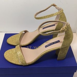Stuart Weitzman Nearlynude Gold Noir  Sandals 9 N